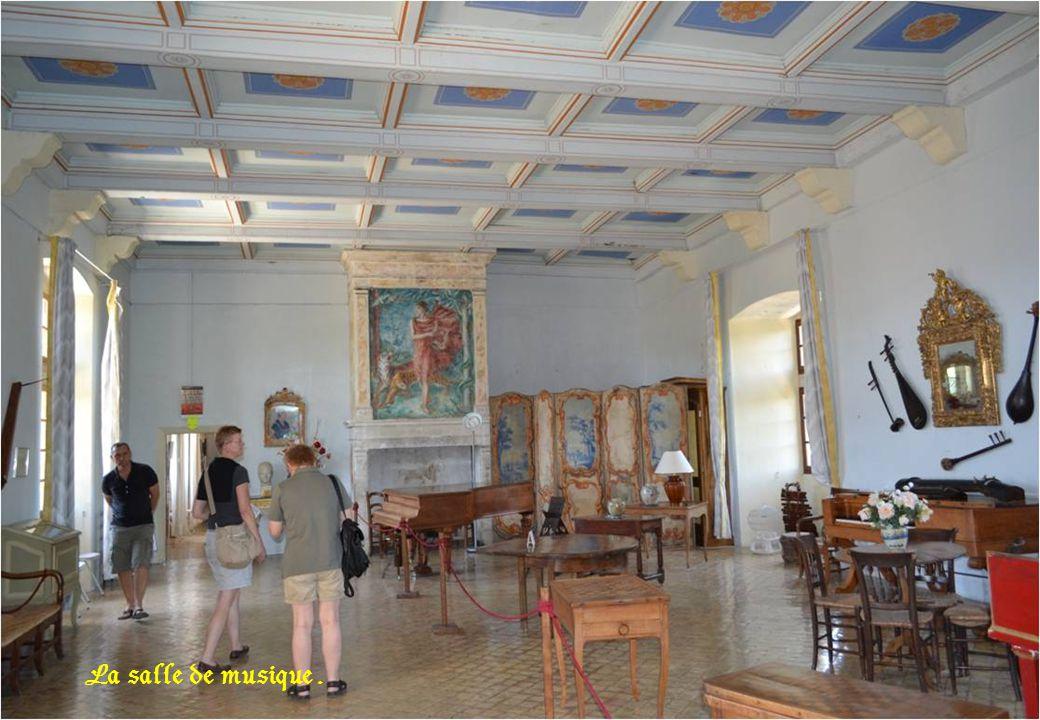 Deuxième chambre d'honneur ( 18 è siècle )