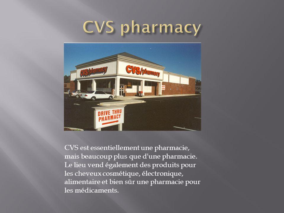 CVS est essentiellement une pharmacie, mais beaucoup plus que d'une pharmacie. Le lieu vend également des produits pour les cheveux cosmétique, électr