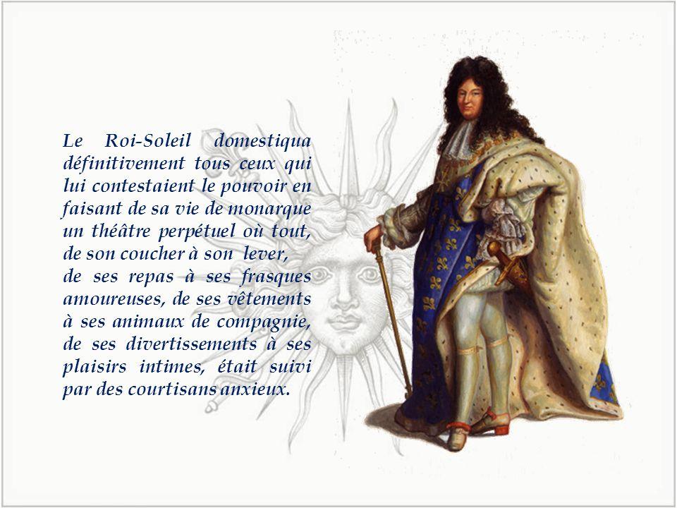 Louis XIV choisit pour emblème le soleil.