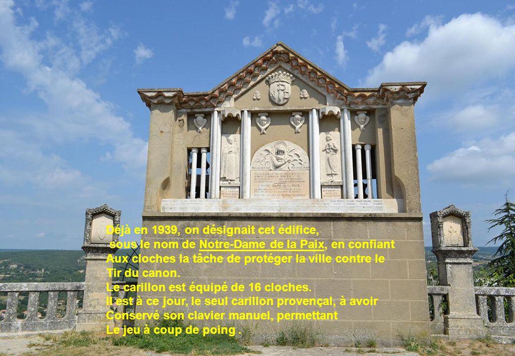 Déjà en 1939, on désignait cet édifice, sous le nom de Notre-Dame de la Paix, en confiant Aux cloches la tâche de protéger la ville contre le Tir du c