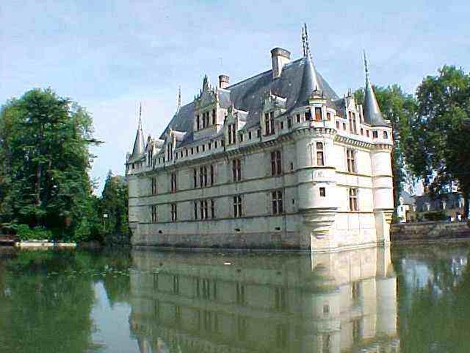 Azay-le-Rideau. Construit sur une île de l ' Indre, il est un Château de Rêve, un chef d ' œuvre architectural dans un parc magnifique. C ' est le Joy