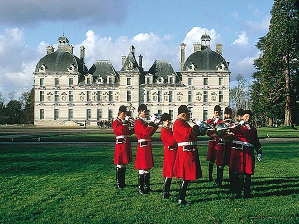 Cheverny. Premier Château a incarner le '' Style Classique '', inspiré du Palais du Luxembourg à Paris, habité par la même famille depuis plus de six