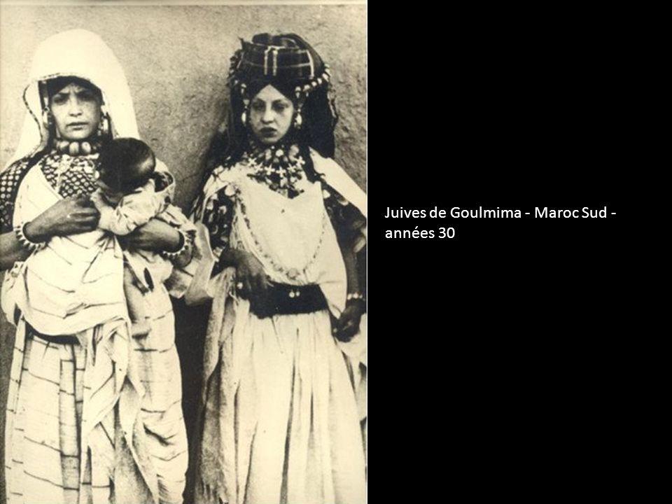 Enfant juif en costume de fete - Erfoud - 1935