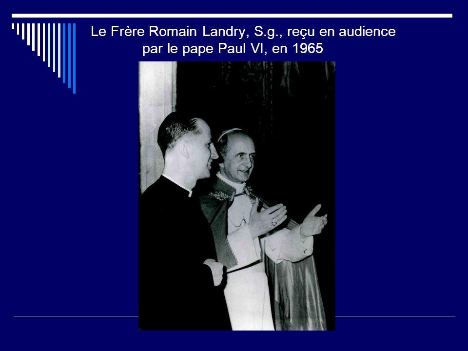 Frère Romain Landry, S.g., à son bureau à Rome