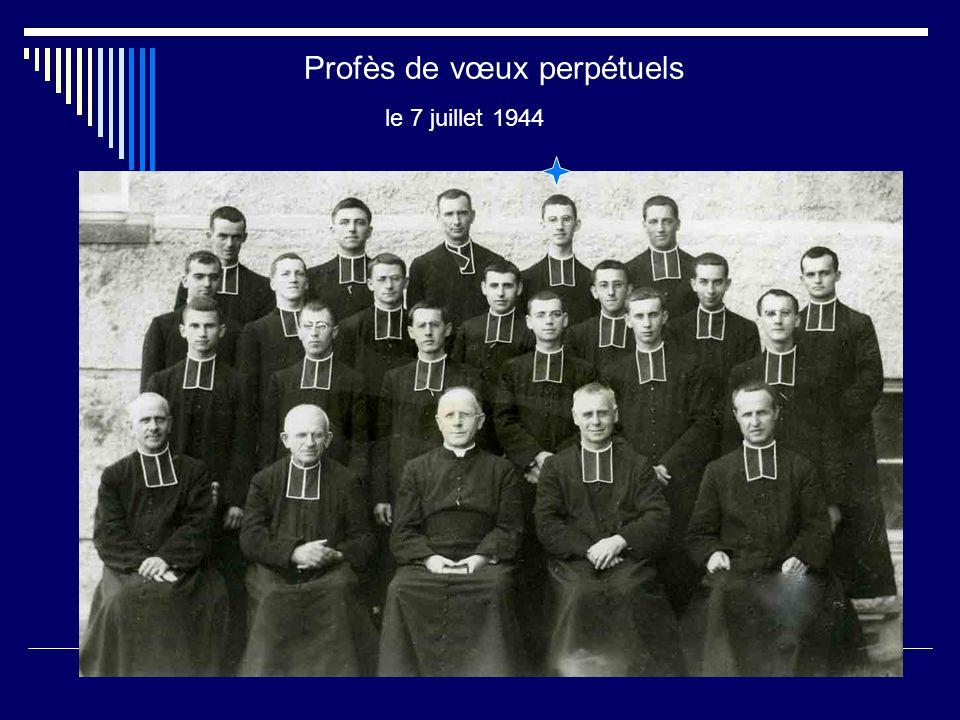 Les premières années de vie religieuse Juvéniste en 1933 Novice en 1937