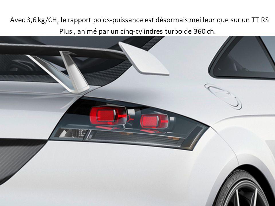 Avec 3,6 kg/CH, le rapport poids-puissance est désormais meilleur que sur un TT RS Plus, animé par un cinq-cylindres turbo de 360 ch.