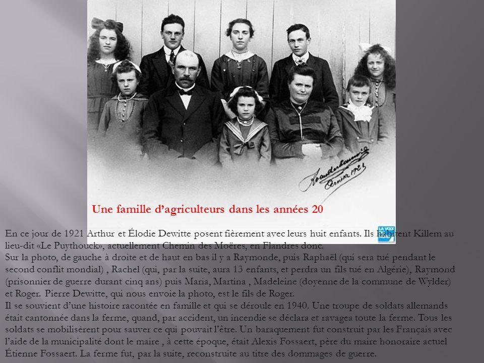 Récolte du tabac à Quesnoy sur Deûle La photo date de 1936 et elle nous est envoyée par Mme Renelde Cousyn qui habite Mouvaux.