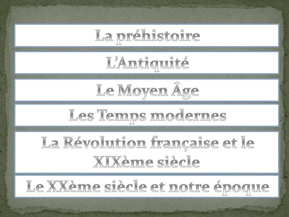 En devenant chrétien, Clovis est un roi reconnu et accepté; il devient le premier roi du royaume de France