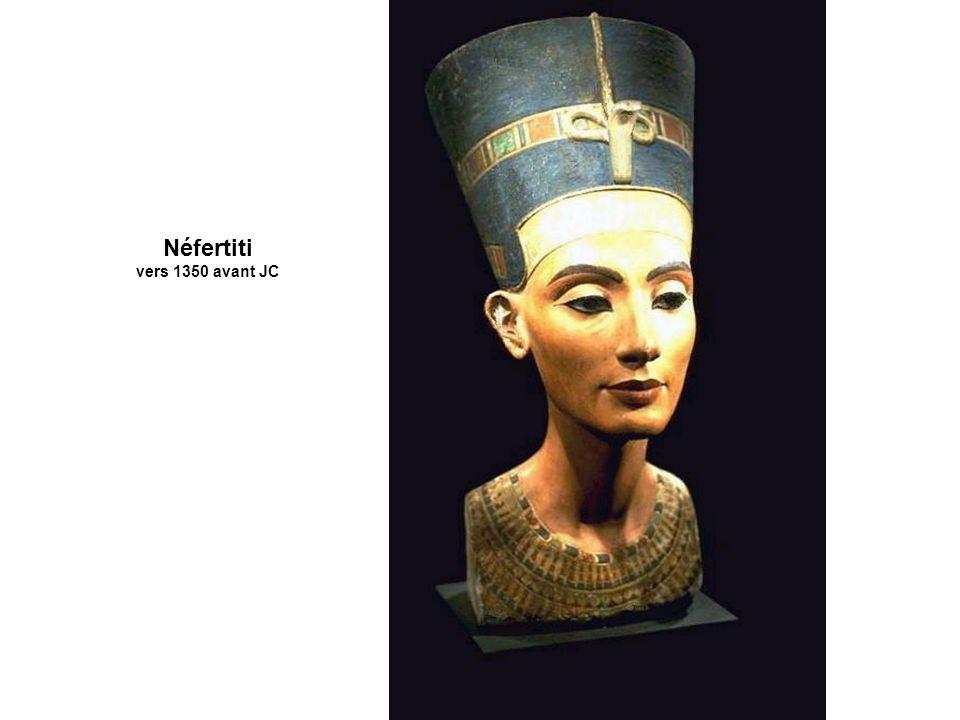 Néfertiti vers 1350 avant JC