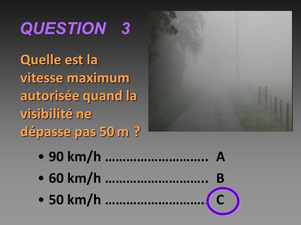 QUESTION 9 Pendant le temps de freinage, le véhicule : ralentit…………..……. A ne ralentit pas………….. B