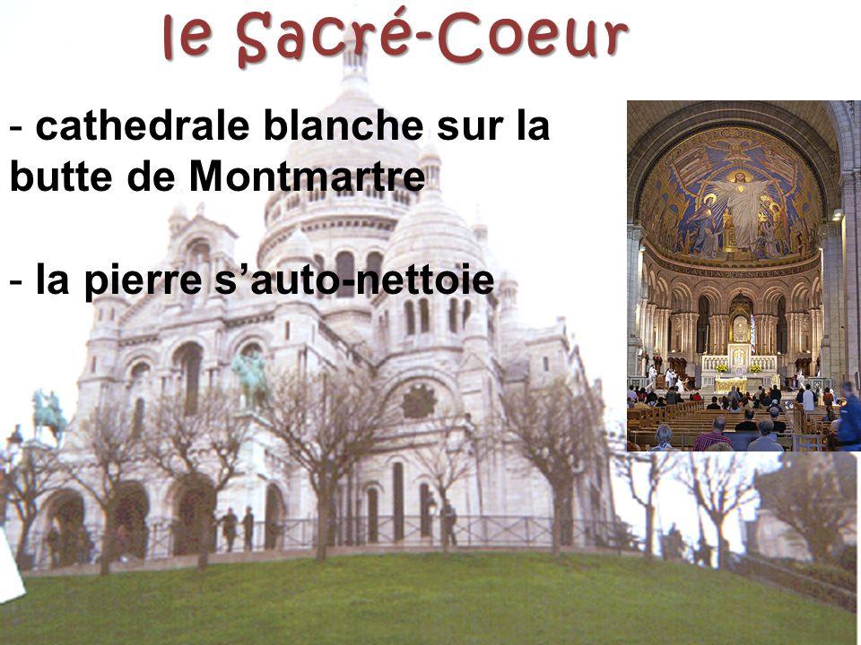 le Sacré-Coeur - cathedrale blanche sur la butte de Montmartre - la pierre s'auto-nettoie