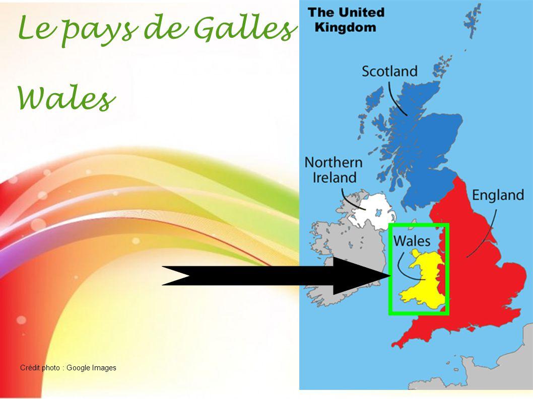 La population du Pays de Galles est constituée de 3 063 456 habitants pour une superficie de 20 779 km ².