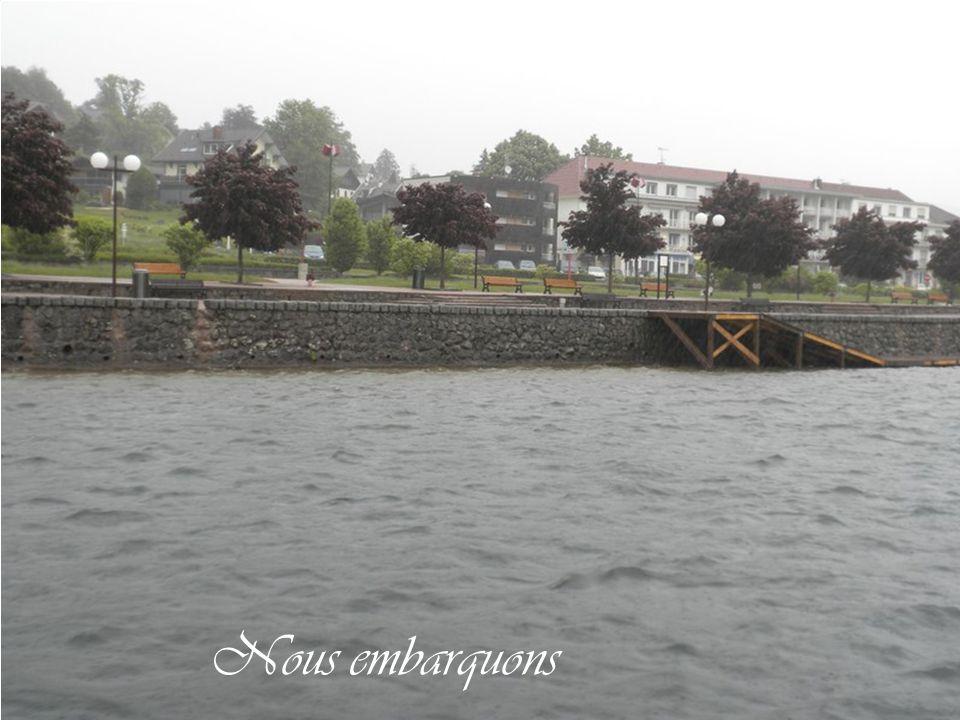 En ville sous la pluie