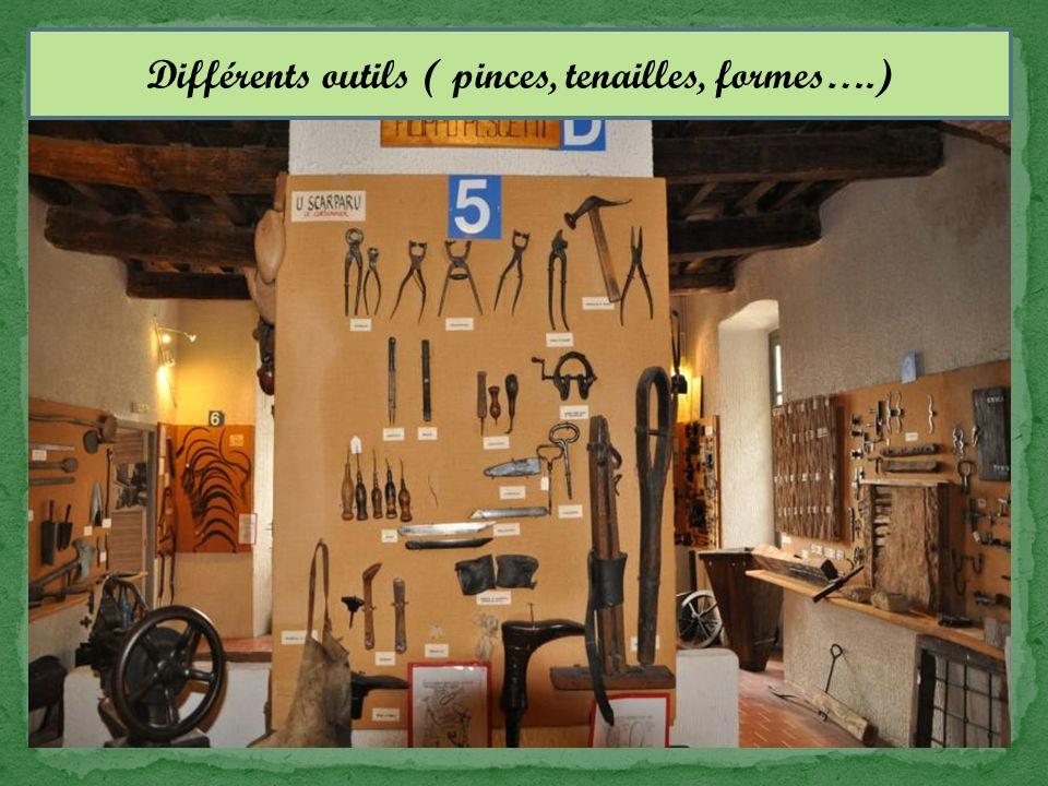 Différents outils ( pinces, tenailles, formes….)