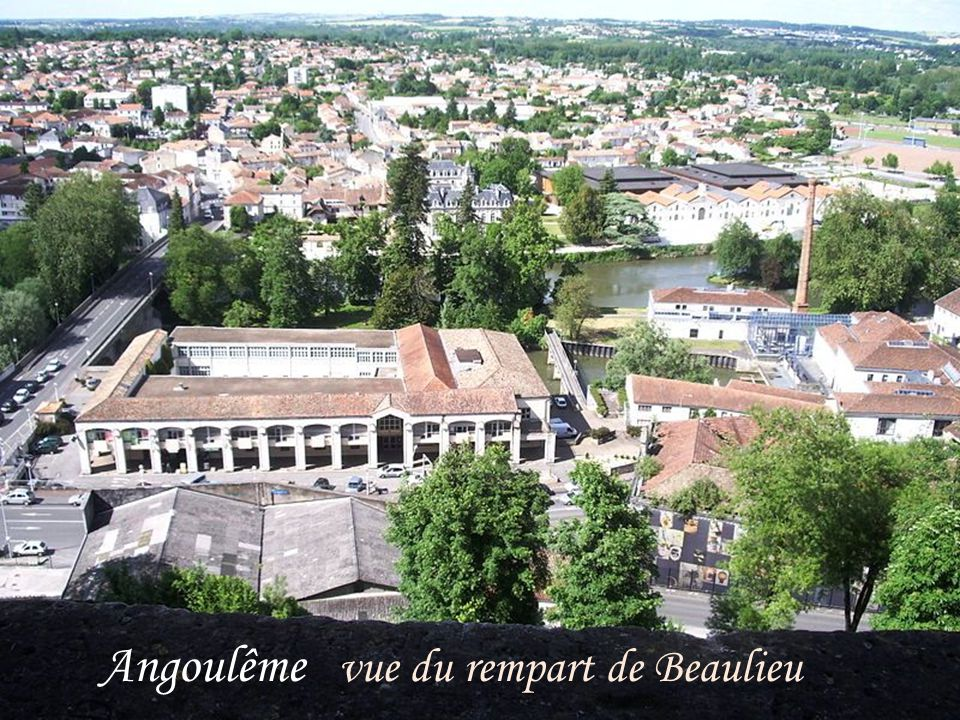 Confolens Moulin du Goire du XIIe siècle restauré au XIXe siècle