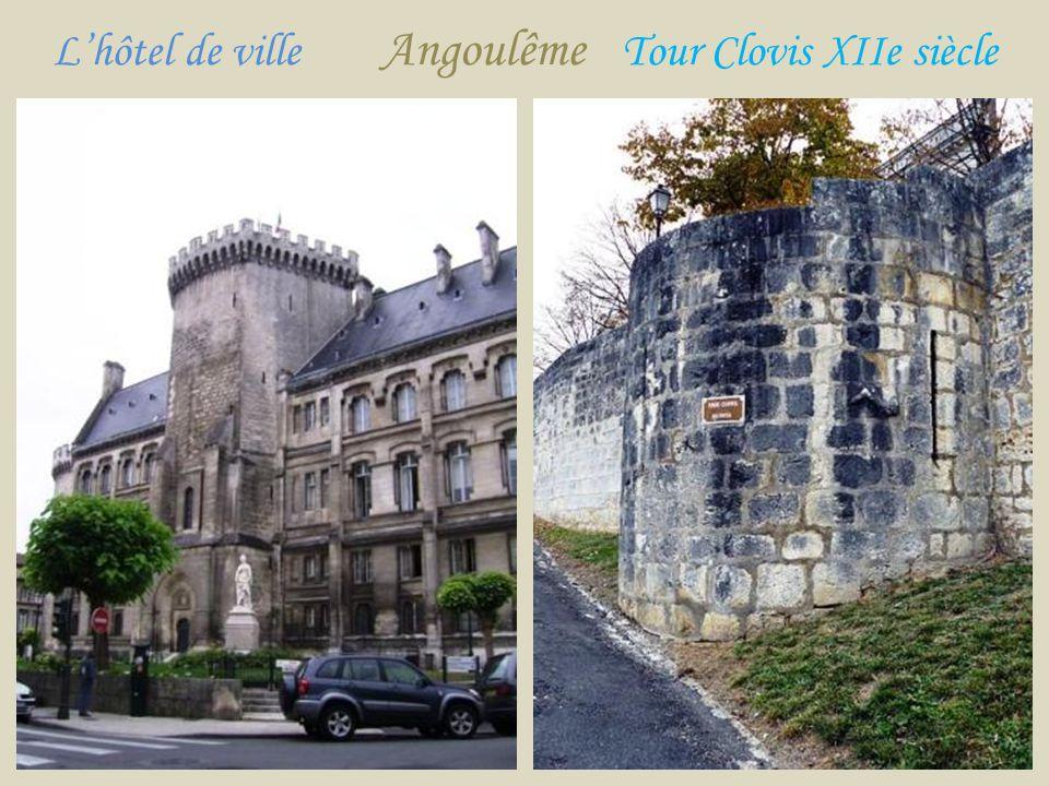 L'hôtel de ville Angoulême Tour Clovis XIIe siècle
