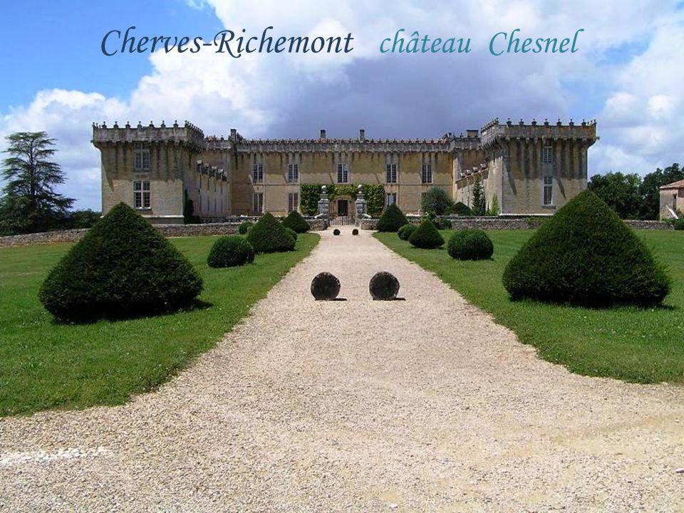 Cherves-Richemont château Chesnel