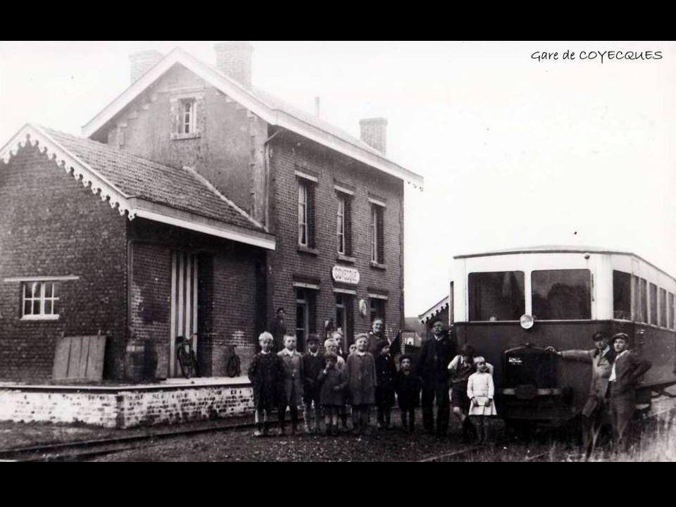 Au début,les wagons étaient freinés en descente par des serre freins qui agissaient au commandement du sifflet de la locomotive.