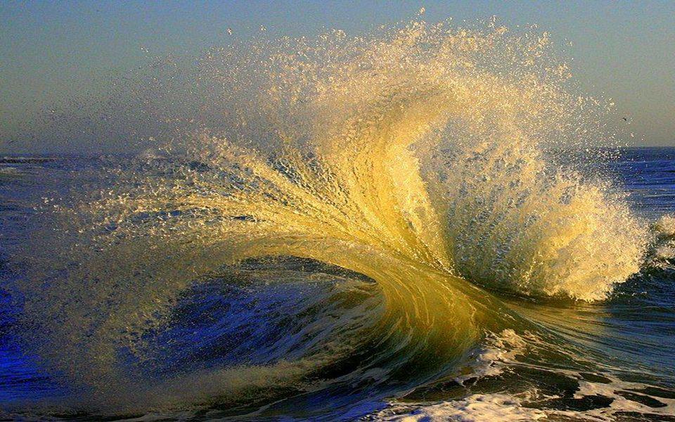 Ô vagues de cristal Cristal de rêves lointains, Parure de bijoux, objet de convoitise !