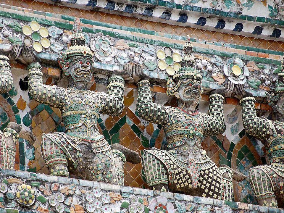 Wat Arun - details 28