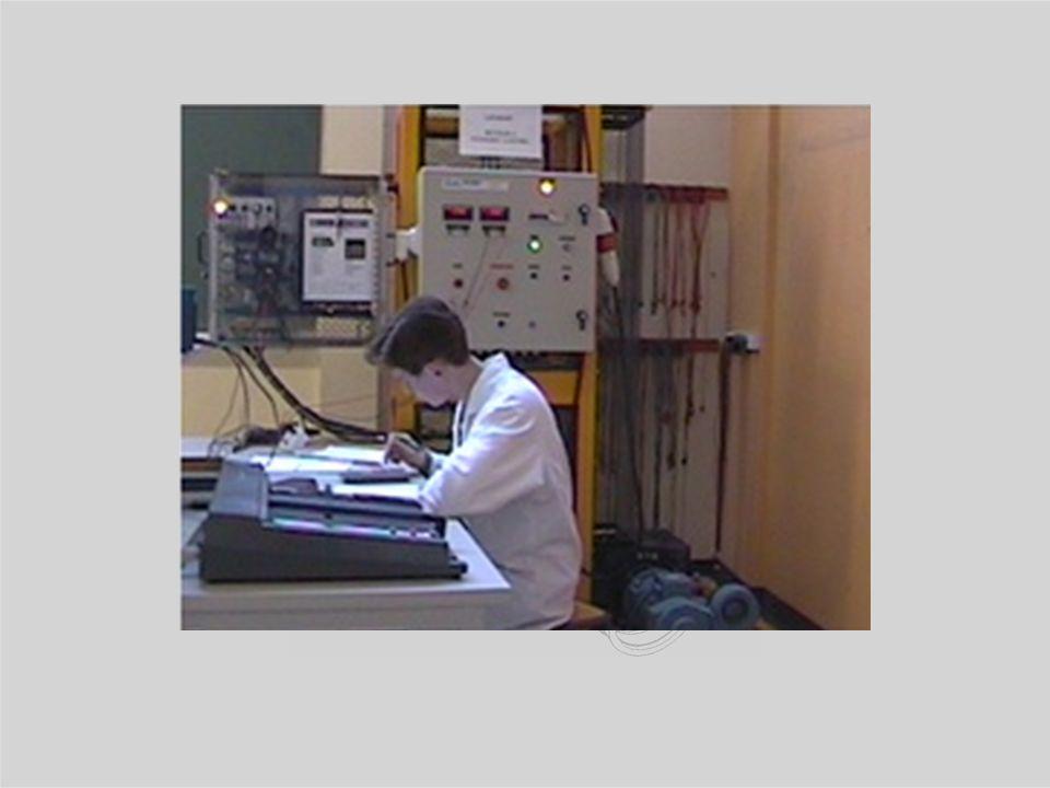 Baccalauréat STI Sciences et Technologies Industrielles GENIE ELECTROTECHNIQUE Un enseignement de spécialité La formation dispensée permet : d'acquéri