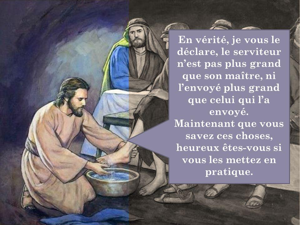 En vérité, je vous le déclare, le serviteur n'est pas plus grand que son maître, ni l'envoyé plus grand que celui qui l'a envoyé. Maintenant que vous