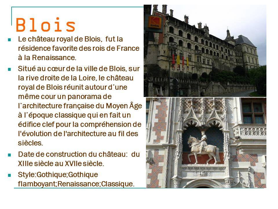 Beyn ac La forteresse de Beynac est perchée sur un piton rocheux inaccessible dans le département de la Dordogne, et plus précisément dans le Périgord noir.