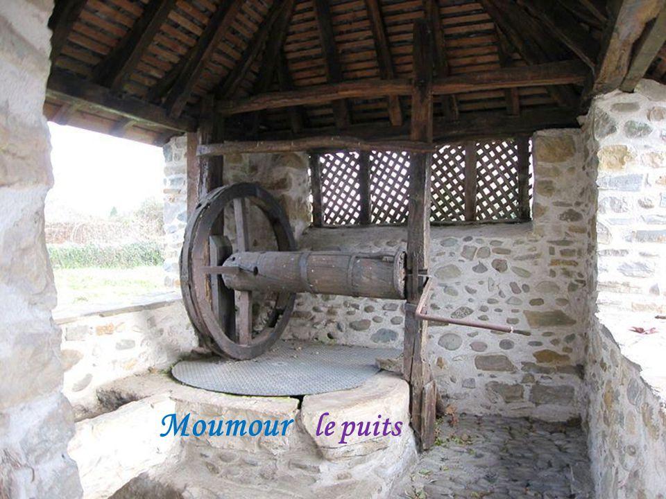 Moumour ancien pont levis