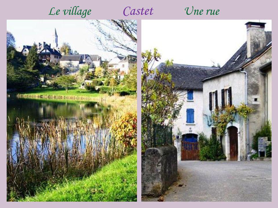 Castet le village