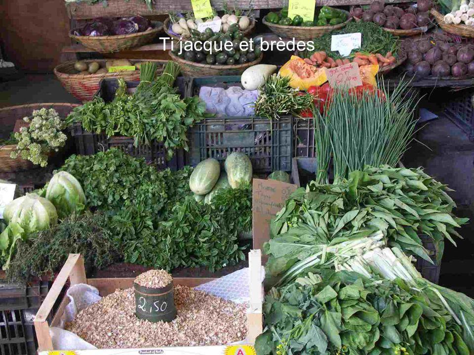 Le petit marché de St Denis