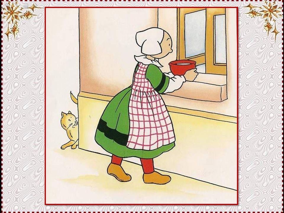 Puisque maman est partie étendre le linge, se dit Bécassine, je vais donner à manger aux oiseaux ! Et elle prépare un plein bol de lait avec un peu de