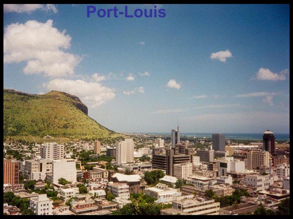 Une rue de Port-Louis, la capitale