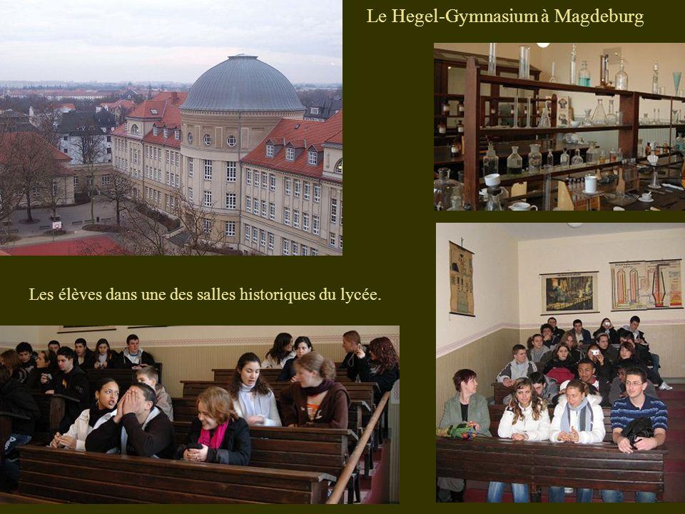 Le Hegel-Gymnasium à Magdeburg Les élèves dans une des salles historiques du lycée.