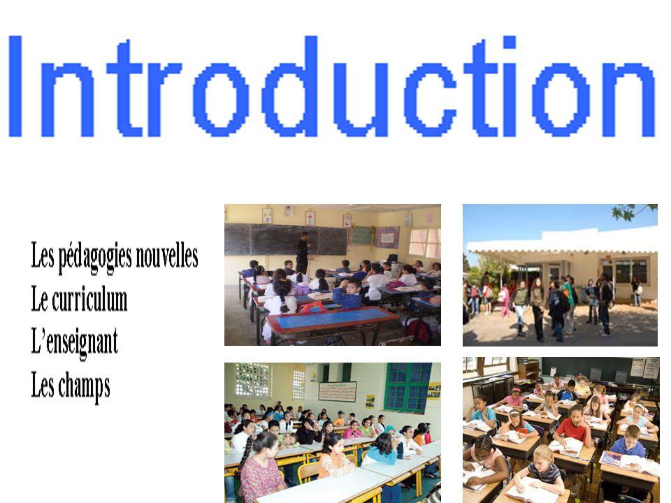 Communication et didactique (2) Le dialogue authentique Le dialogue authentique est difficile pour 3 raisons Le dialogue authentique constitue un risque L'enseignant a un programme à respecter L'expression libre des élèves éloignent l'enseignant de son objectif