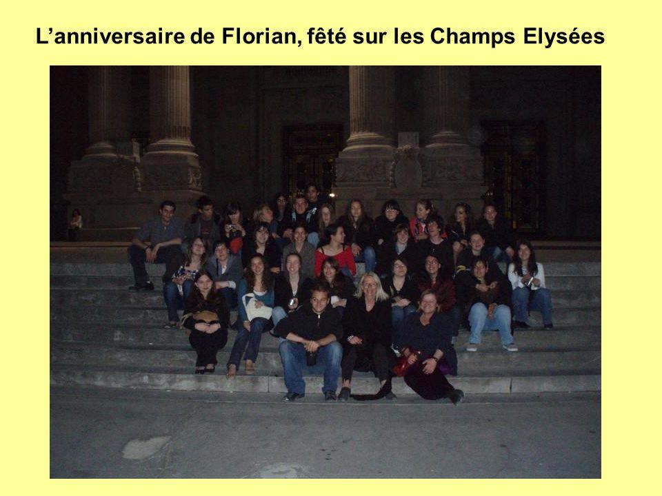 L'anniversaire de Florian, fêté sur les Champs Elysées
