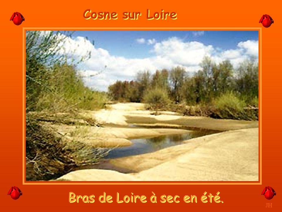 Trompeuse avec ses bancs de sable JH Cosne sur Loire