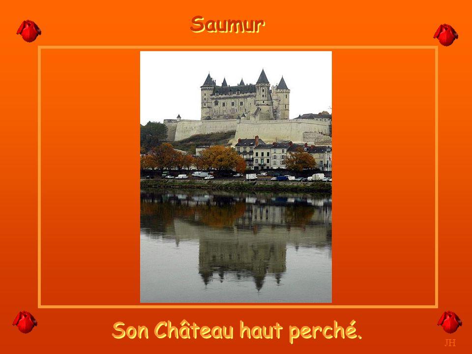 Bord de Loire à la nuit tombée. JH Saumur