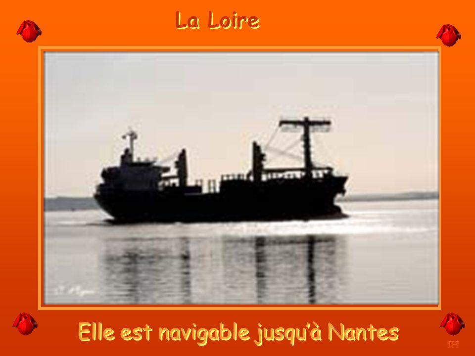 L'île de Nantes, majestueuse. JH Nantes
