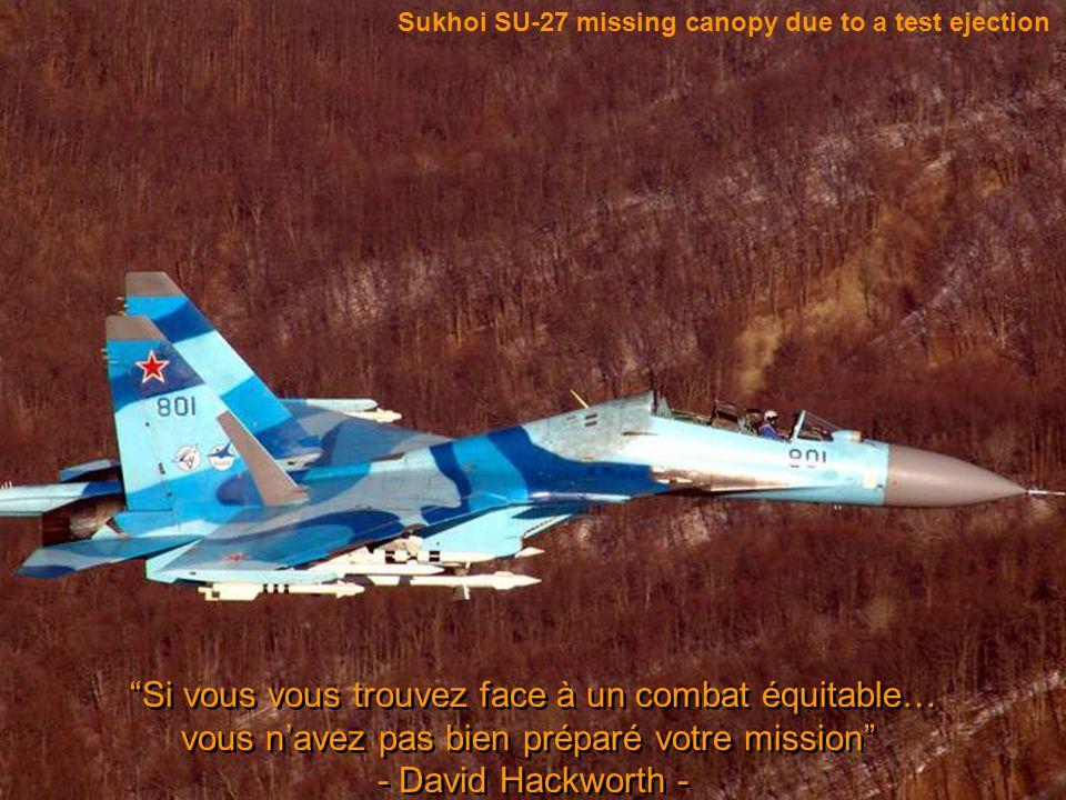 Canadian T-33 Jet Trainer test ejection La Croix de Guerre prouve simplement que vous avez été assez malin pour élaborer un plan, assez stupide pour l'essayer, et suffisamment chanceux pour survivre.