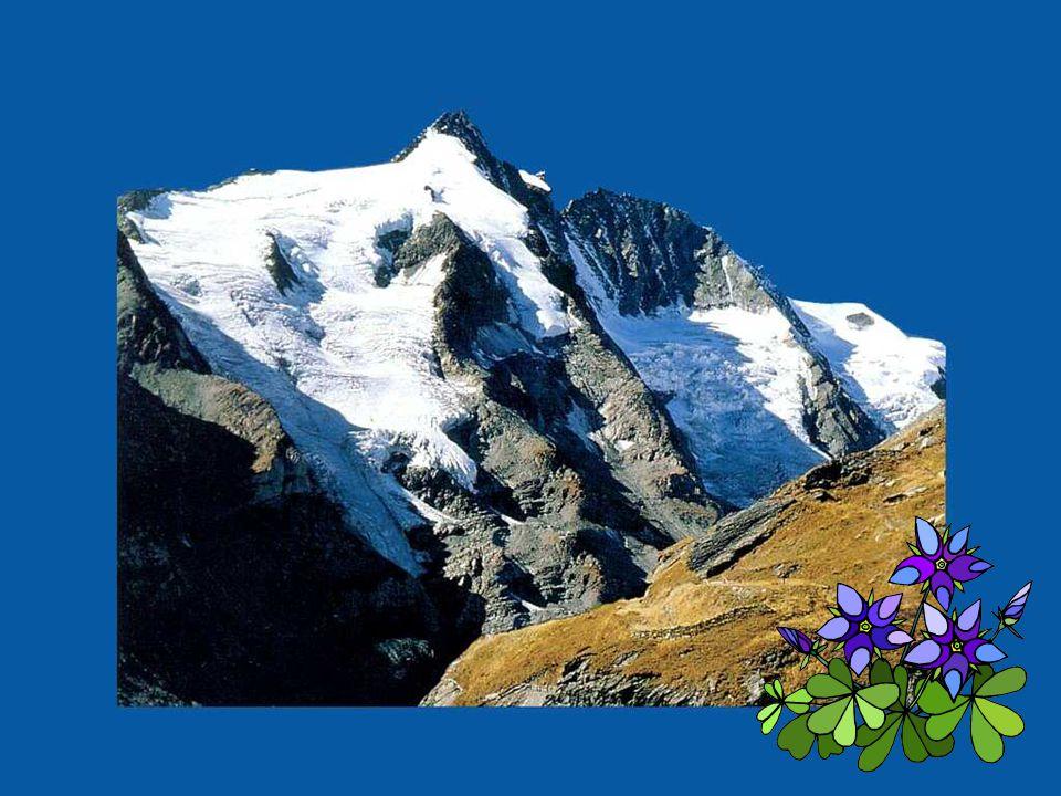 L'eau ne reste jamais sur les montagnes, ni la vengeance dans le cœur d'un homme généreux.