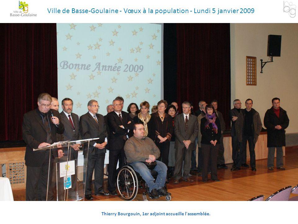 Thierry Bourgouin, 1er adjoint accueille l'assemblée. Ville de Basse-Goulaine - Vœux à la population - Lundi 5 janvier 2009