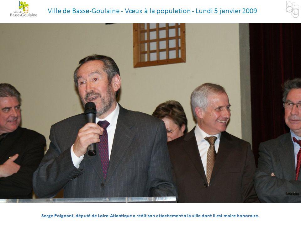 Serge Poignant, député de Loire-Atlantique a redit son attachement à la ville dont il est maire honoraire. Ville de Basse-Goulaine - Vœux à la populat