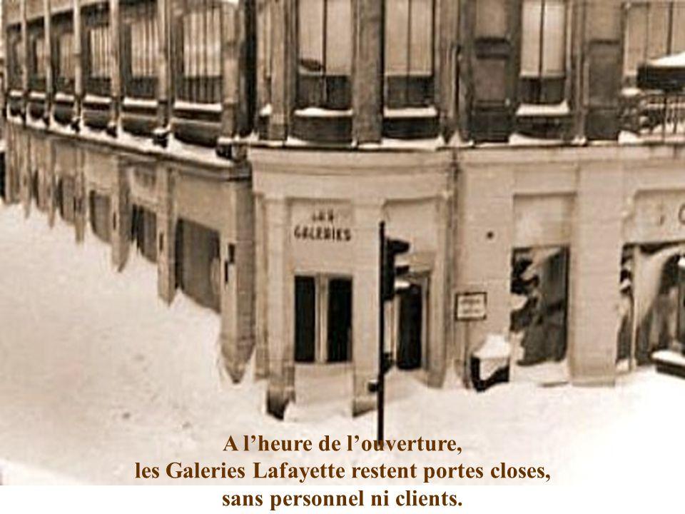 La Rue du Casino offre un paysage polaire... Dans le froid ambiant, c'est le grand silence blanc !!!