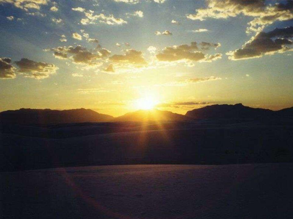 Seigneur, Fais de moi un artisan de joie. Que je sois cette joie Qui réchauffe comme un soleil, Une joie discrète, pleine de tendresse.