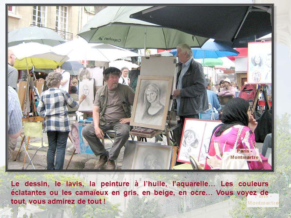 La Place du Tertre est le domaine des peintres en tous genres et de tous styles. Et 30 minutes, vous pouvez vous faire faire votre portrait, ou vous f