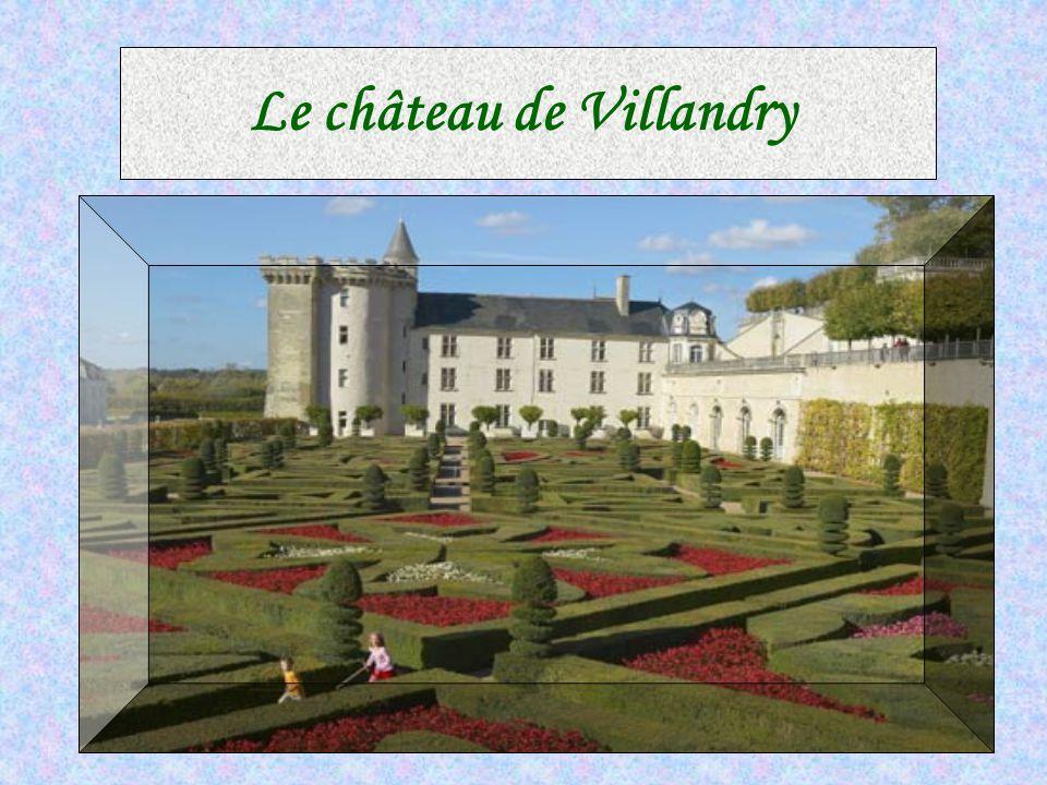Le Clos-Lucé CC est un manoir du XVe siècle donné par François I er à Léonard de Vinci.