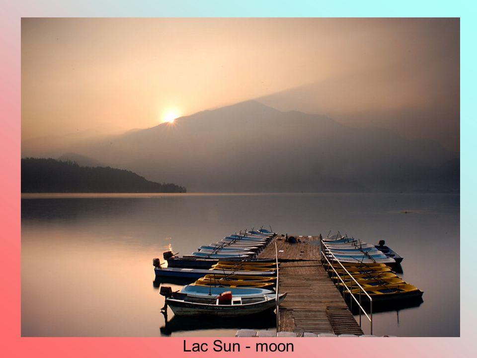Lac Sun - moon