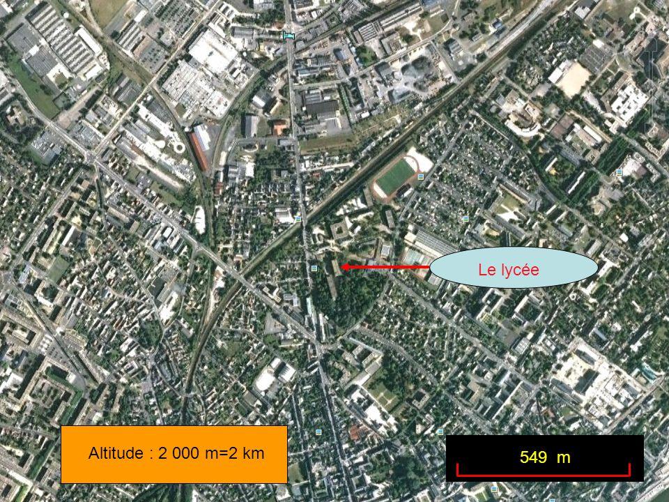 Le lycée Altitude : 2 000 m=2 km 549 m