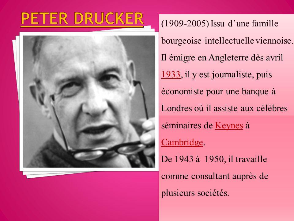 (1909-2005) Issu d'une famille bourgeoise intellectuelle viennoise. Il émigre en Angleterre dès avril 1933, il y est journaliste, puis économiste pour