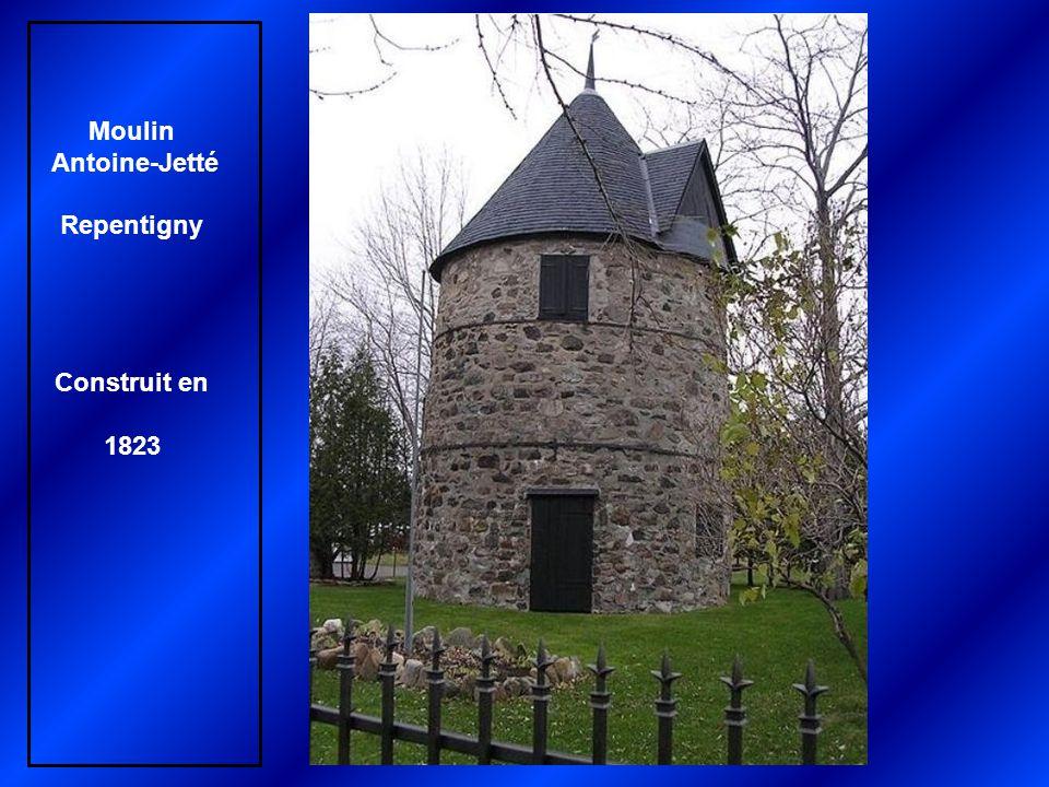 Moulin des Sulpiciens, Pointe-Claire Construit en 1709 par Léonard Paillé dit Paillard
